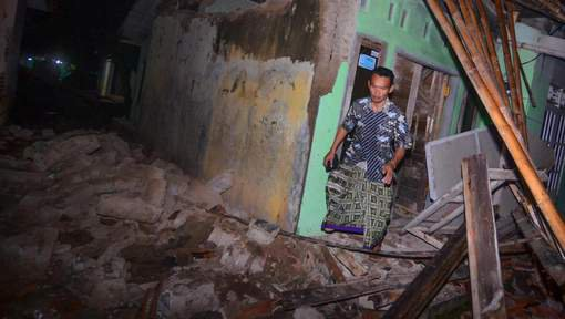 BIG ONE MONDIAL IMMINENT ET FIN DE VIE SUR TERRE ! ARRIVEE DE NIBIRU :Un séisme de magnitude 6,5 a secoué Java