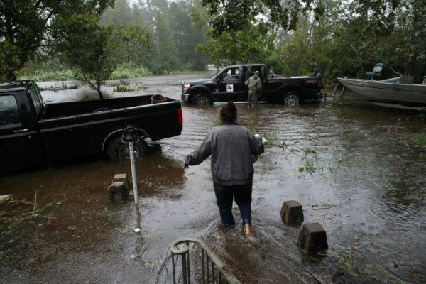 BIG ONE MONDIAL IMMINENT ! ARRIVEE DE NIBIRU : Alerte aux inondations meurtrières dans le sud-est des Etats-Unis