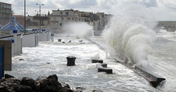 BIG ONE MONDIAL IMMINENT ! ARRIVEE DE NIBIRU : ALERTE - Tempête et tornades attendues dans le nord et l'est de la France