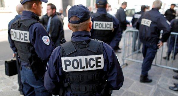 des policiers rejoignent les gilets jaunes
