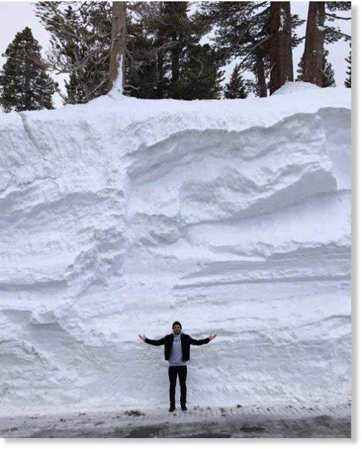 BIG ONE MONDIAL IMMINENT ! ARRIVEE DE NIBIRU : réchauffement climatique (lol ) : Enorme quantité de neige sur les montagnes californiennes