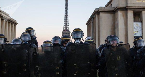 LE NOUVEL ORDRE MONDIAL SATANIQUE  TREMBLE ! LE REVEIL DE LA FORCE EST EN MARCHE :  Macron et Castaner visés par une plainte à la Cour pénale internationale pour «crime contre l'humanité»