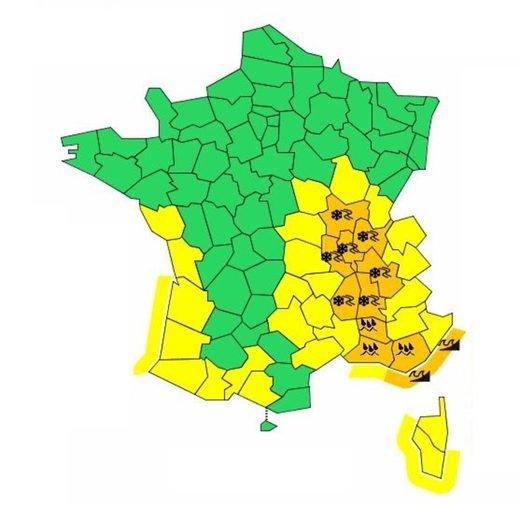 BIG ONE MONDIAL IMMINENT ! ARRIVEE DE NIBIRU : Neige, orages, pluies ou vagues : 11 départements français en vigilance orange et records de froid ailleurs dans le monde