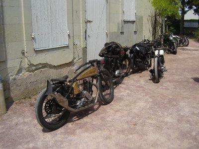 motos aussi