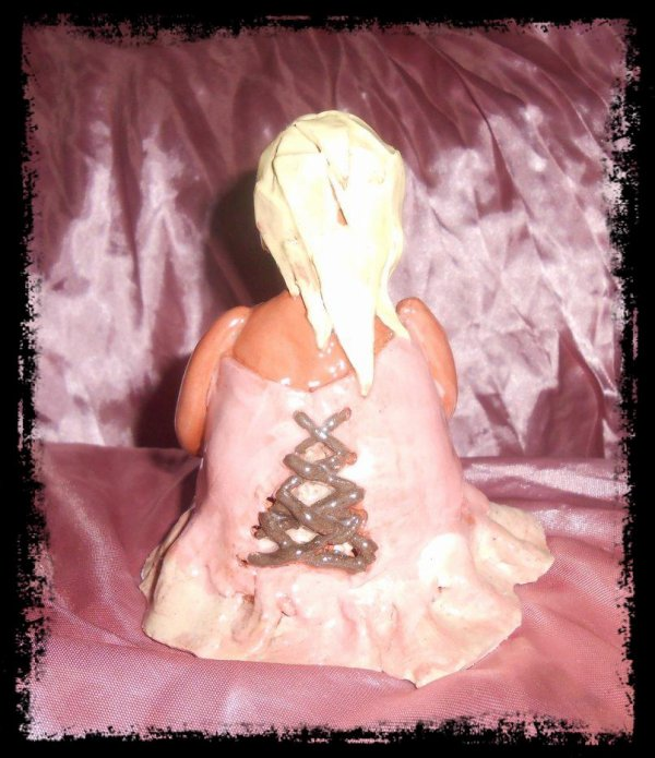 Grosse Dame en argile (Achevée)