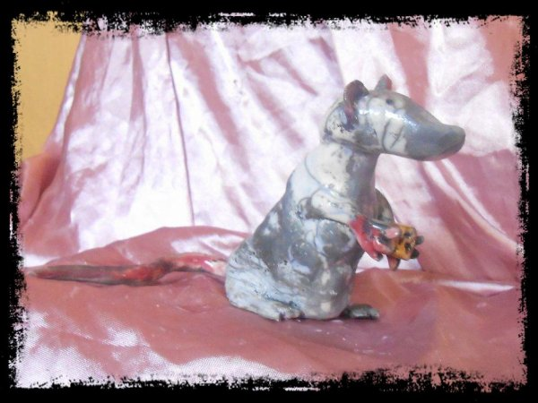 Sculpture RAT (RAKU)