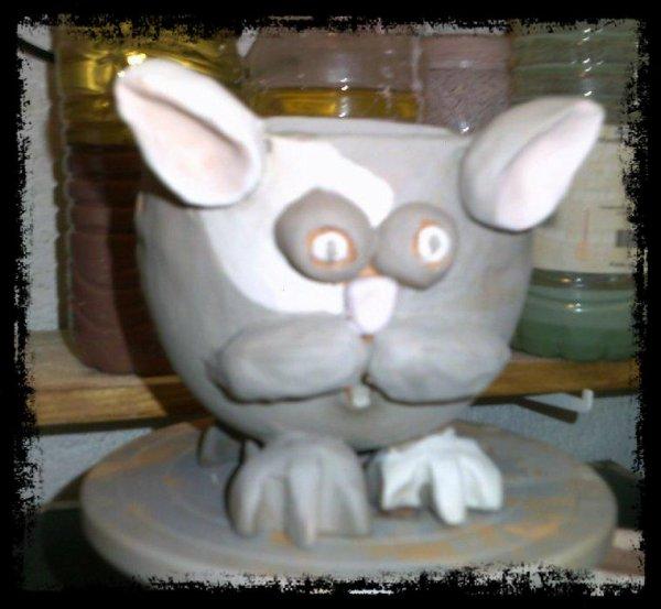 Poterie (Jeudi 24novembre 2016): bol chat à pelote de laine pour tricoteuse