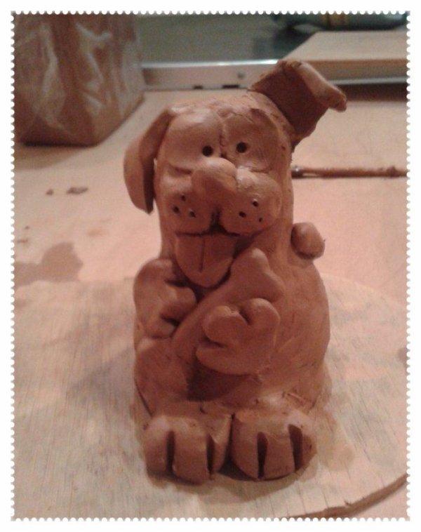 Happy dog (modelage)