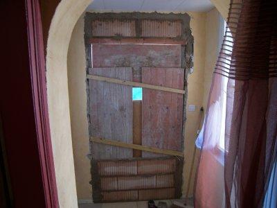 Brique de verre d pose ancienne porte d 39 entr e for Isolation fenetre ancienne