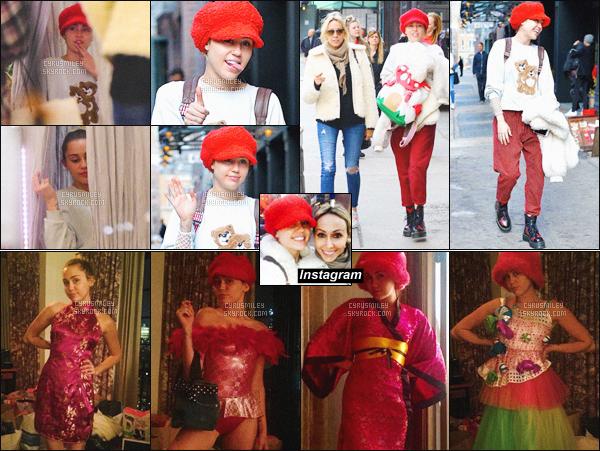 . ♦♦ 04 Mars 2016 : Miss Cyrus à été photographié faisant une journée shopping avec sa mère Tish Cyrus à New-York. .