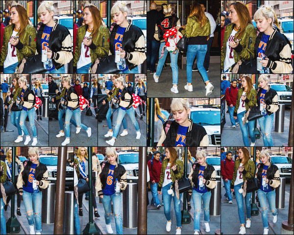 - 26/03/16 - Miley Cyrus a été vu arrivant avec sa famille au  Knicks V. Cavaliers Game situé à ▬ New-York. Après avoir passé du temps sur le tournage d'une série, M' Cyrus nous montre enfin sa frimousse avec en prime une nouvelle coiffure.  -