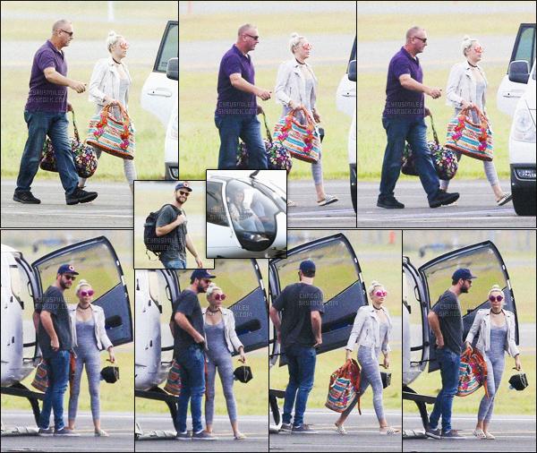 - 02/05/16 - Miley Cyrus encore au côté de son b'friend Liam H' ont été photographiés faisant un tour d'hélicoptère.Décidement depuis qu'ils sont de nouveau ensemble Miley&Liam ne se quittent plus pour le grand plaisir des Smiler. Un Top pour cette sortie.-