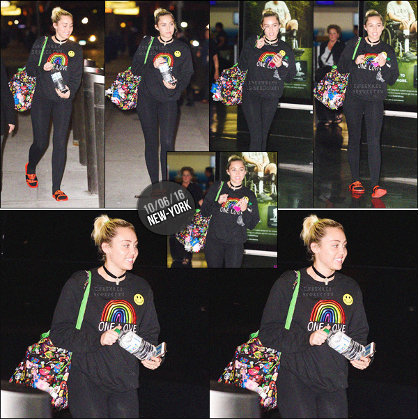 "- 10/06/16 - L'adorable Miley Ray Cyrus a été photographiée seul arrivant à l'aéroport ""JFK"" de New-York City.Comme à son habitude, Miley s'est montrée très souriante. Ses cheveux ont tellement poussées waw ! Tenue très simple. Top ou Flop?-"