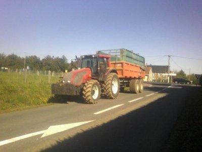 transport d'ensilage de maïs pour mon maitre de stage
