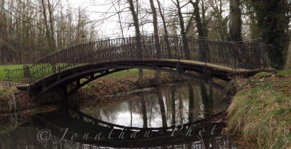 Pont Chinois - Château De Dormans