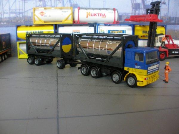 Les nouveautés arrivées d'Hollande ce lundi , j'ai repris encore un DIXON (Irl), ensuite des ensembles de passage a notre dépot de containers citernes vide