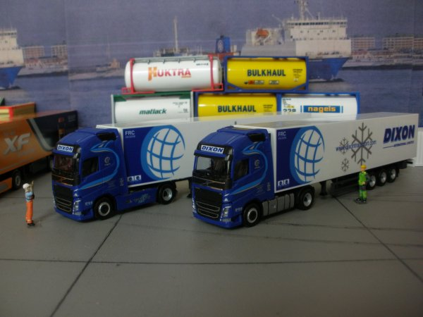 LES IRLANDAIS DE LA COLLECTION les photos en 1 Foden/Eucon, 3 DIXON tracteurs différent (a vous de voir ??)