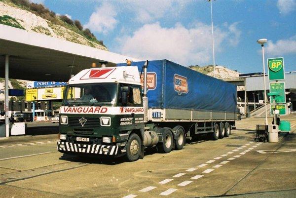 C'était hier dans le port de DOUVRES (GB)