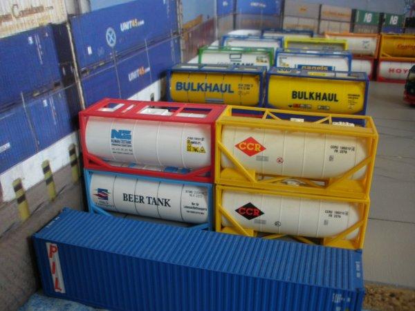 1er modif de la plate-forme containers citernes et bulks 3O' (rajout de 23cm) fin des modifs ds quelques jours