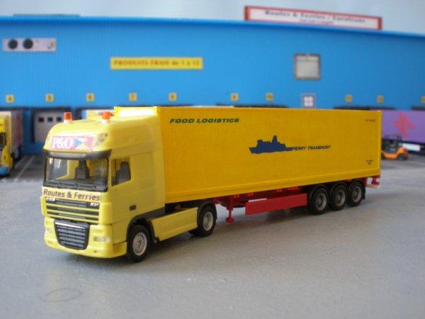 Quelques ensembles de ROUTES & FERRIES (transporteur fictif au 1/87em)