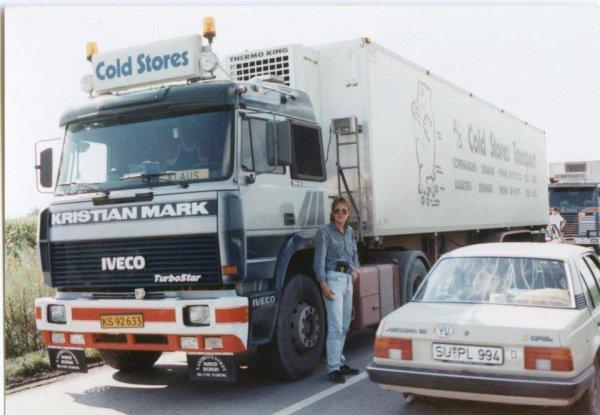 MERCI MICHEL pour ces 2 beaux Renault T au 1/87em , ensuite c'était hier