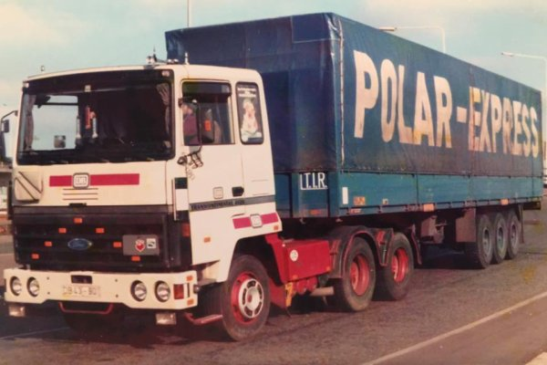 "Souvenirs , souvenirs avec le Finlandais ""POLAR EXPRESS"""