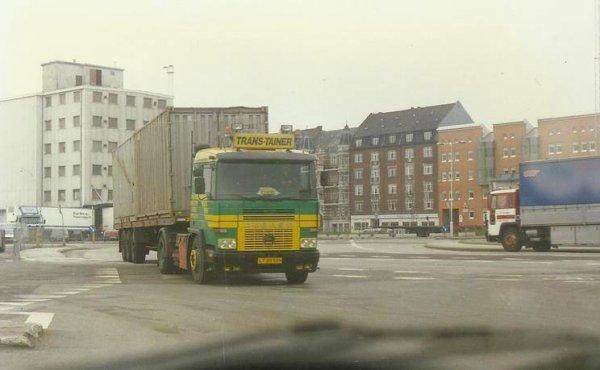 C'ETAIT HIER.....  au Danemark, et Angleterre ;