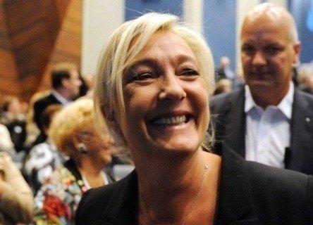 Présidence de l'UMP : le FN vote pour Fillon