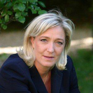Soutien de Marine Le Pen à Maurice et Marie-Luce Brasier