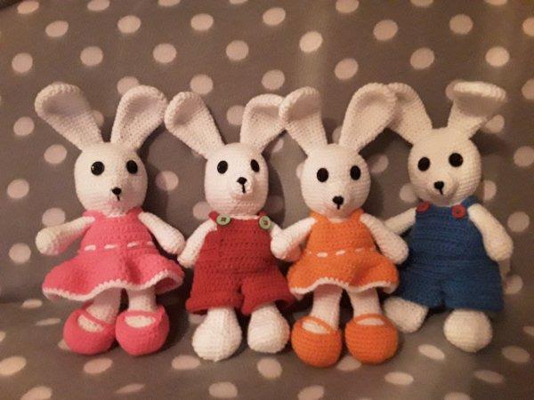 Couples de lapins....