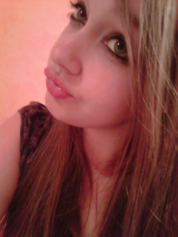 On ne peut pas empêcher un coeur d'aimer. (♥) Petit coeur brisé cherche autre petit coeur brisé, pour en former un entier.