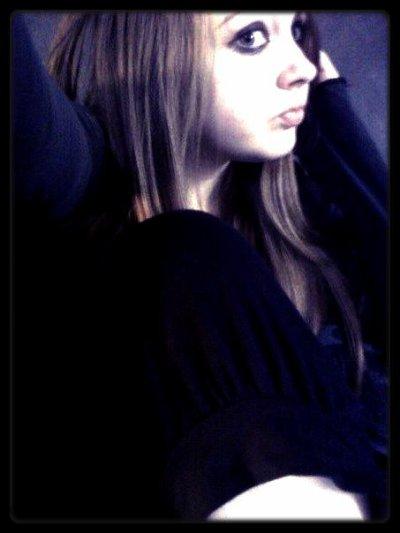 -- On ma téléphoner du paradis, Ils ont perdu leurs plus bel ange, Ils m'ont demander si je ne l'avais pas rencontrer, Mais ne tinquiète pas, je ne t'es pas dénoncer. --