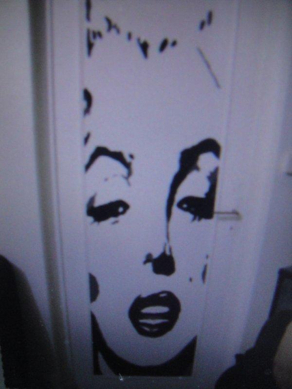 Peinture sur porte Marilyn Monroe