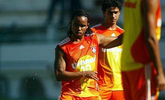 Carlos Alberto et Alex Dias à l'entraînement
