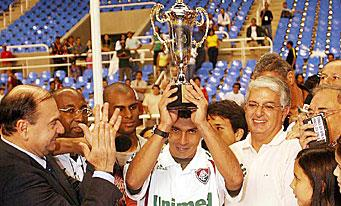 La préfecture de Rio de Janeiro rend hommage à Alex Dias !