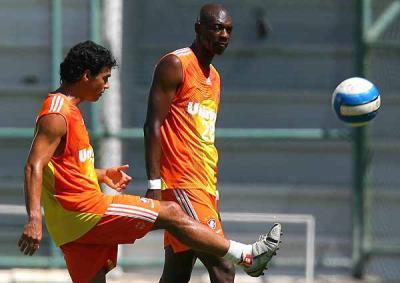 Alex à l'entraînement (ici à côté de son ami de Goias, Somalia !!!)