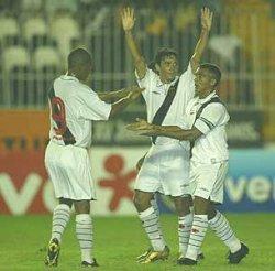 Rubens, Alex et Romario contre Madureira