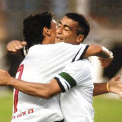 Alex vs São Paulo FC (deux buts) Ici avec Romario