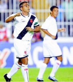 Alex vs Coritiba (avec Romario)