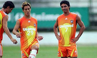 Alex Dias (à droite)