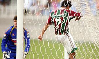 Alex Dias marque et Fluminense l'emporte 3 à 0 au Maracaña face au Sport Recife.