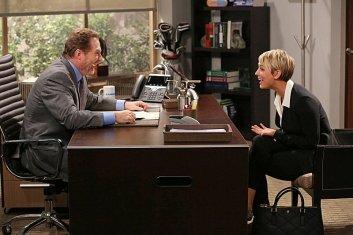 "Kaley Cuoco Stills de ""The Big Bang Theory"" 8x01 - The Locomotion Interruption"