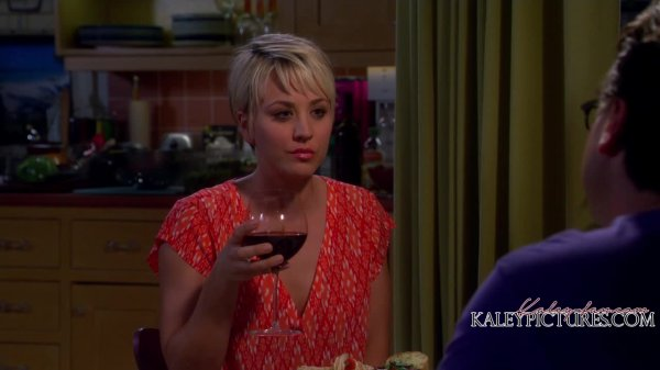 """Kaley Cuoco Screencaps de """"The Big Bang Theory"""" 8x06 - The Expedition Approximation"""