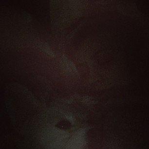 Il y a 16 heures: Kaley Cuoco a posté une photo sur Instagram et Anna-Laura Kummer a posté une photo aussi sur Instagram