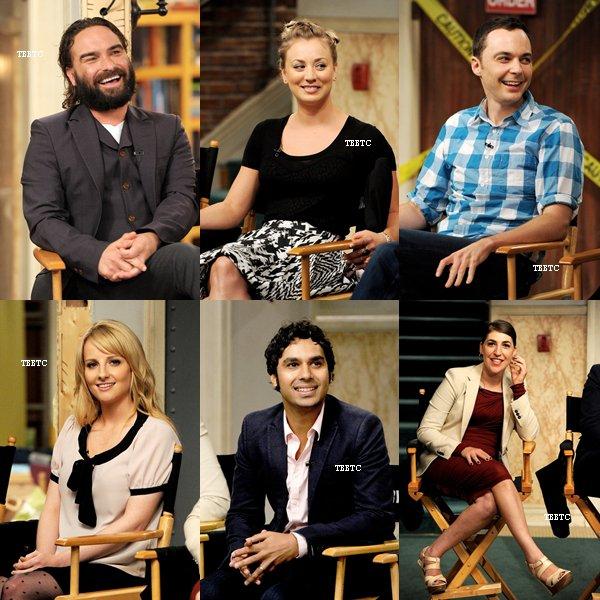 15.08.13: Le cast était sur le set de TBBT dans les studios Warnes Bros pour se faire interviewer.