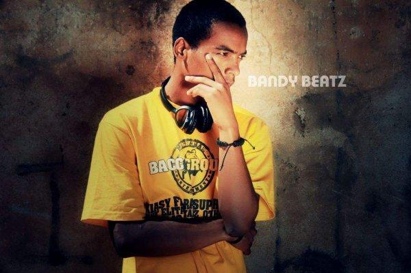 Mbola Mitohy Ny Ady (by Bandy Beatz) (2012)