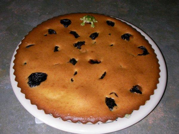 Un gâteau aux pruneaux