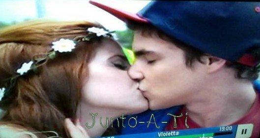 Camila & Maxi. Violetta 2