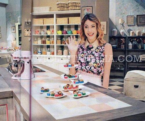 Tini enregistre une émission de cuisine avec Lodovica! Il sera appelé «número cero» et ne sera valable que pour Disney Italia.