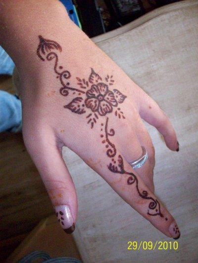 dessin o henna ke g fait moi meme....